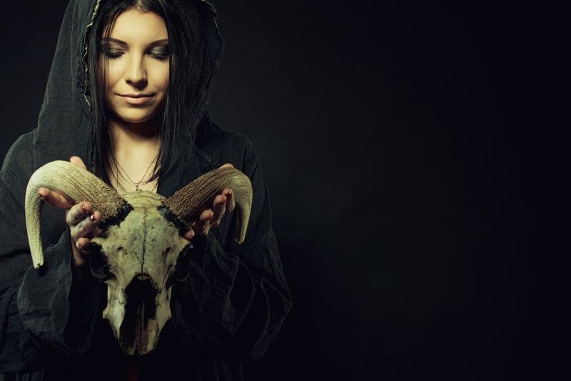 黑暗的女巫