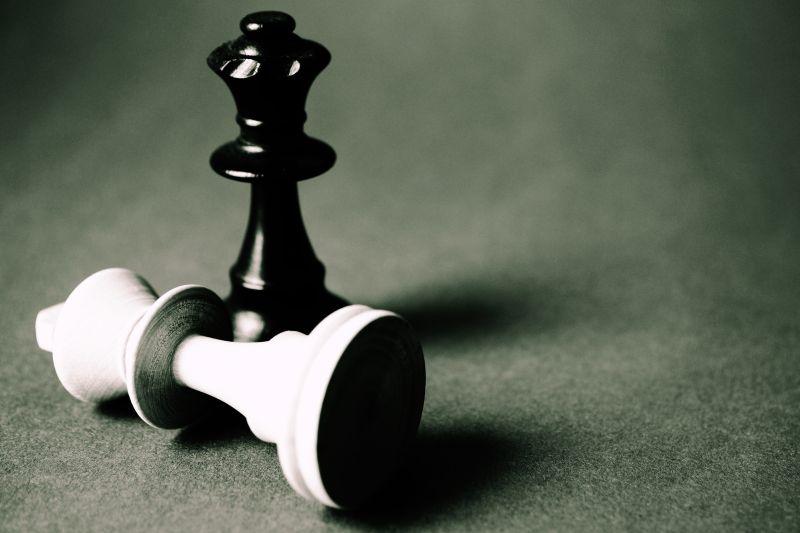 国际象棋黑白棋子
