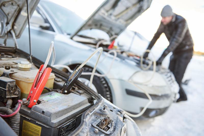 冬季寒冷条件下的给汽车起动电池充电