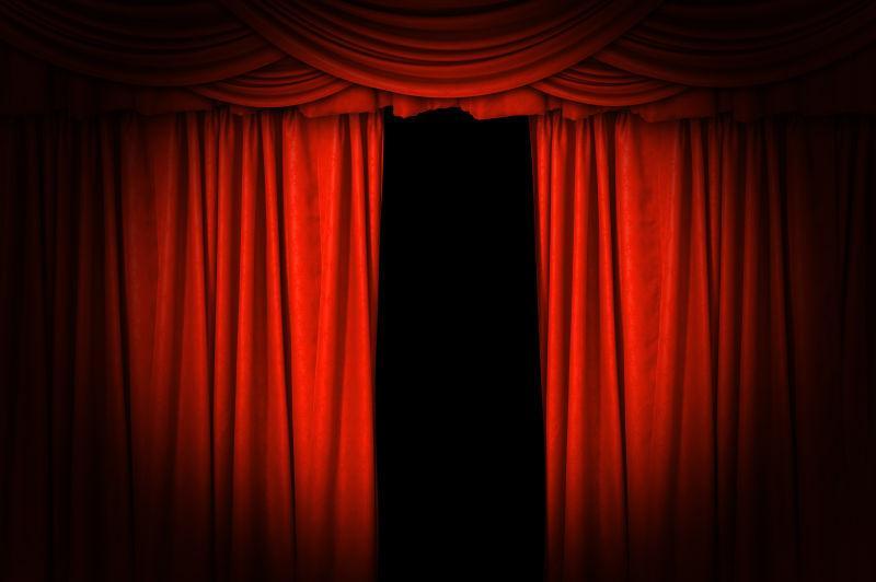 黑色背景下拉开一点幕布的舞台