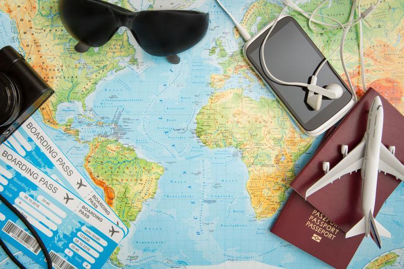 地图上的旅游证件