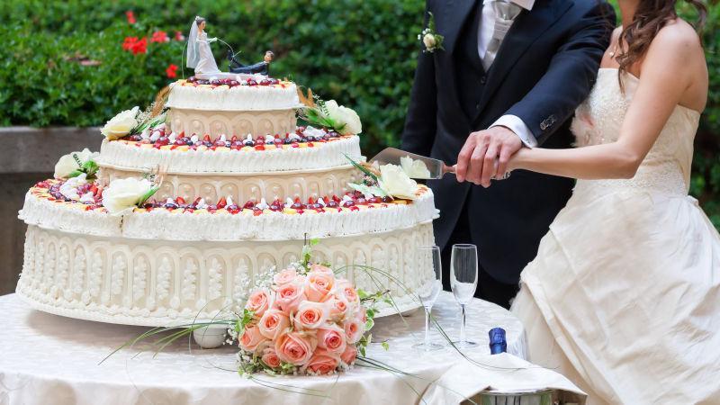 婚礼现场的巨大蛋糕