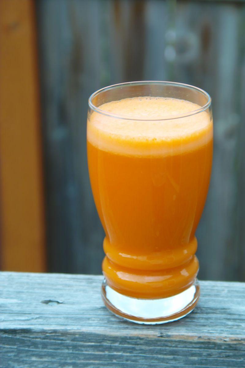 新鲜水果汁