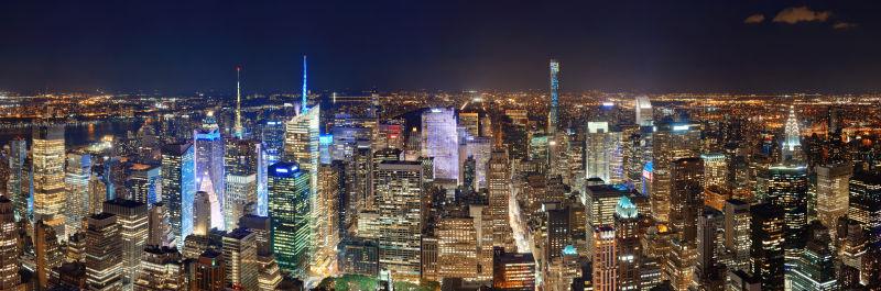 夜晚中的城市