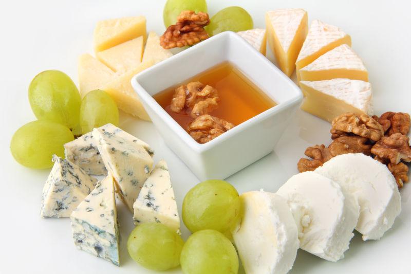 奶酪与坚果