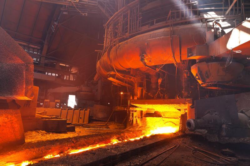 钢铁冶炼厂的高温锅炉车间