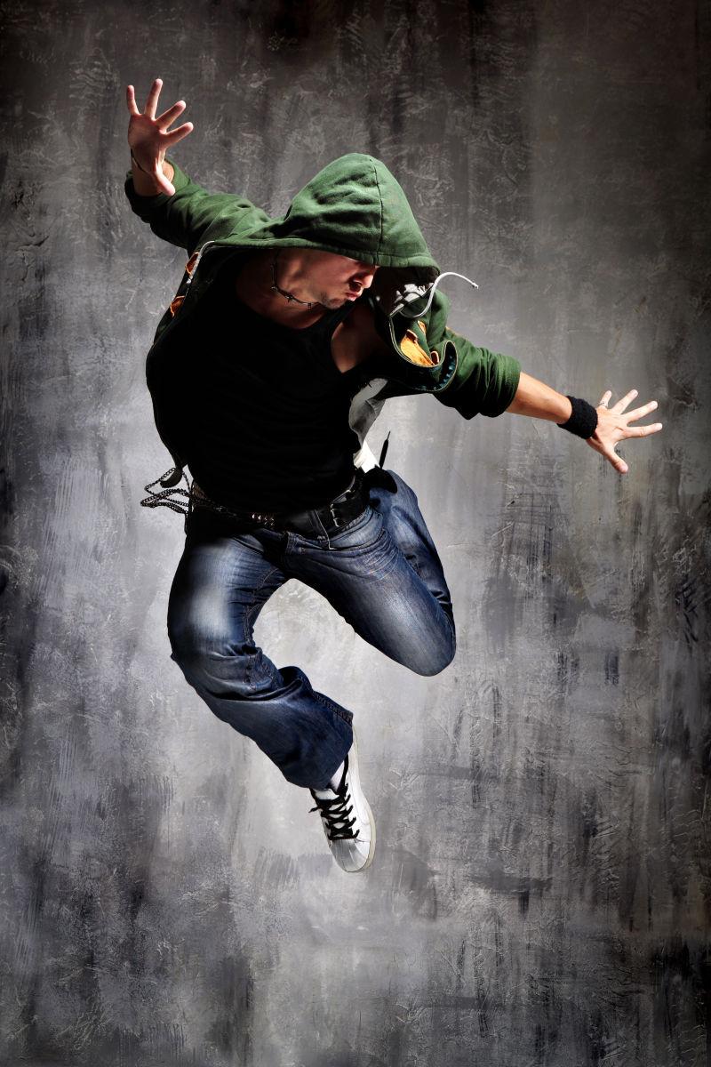 飞舞的帅哥