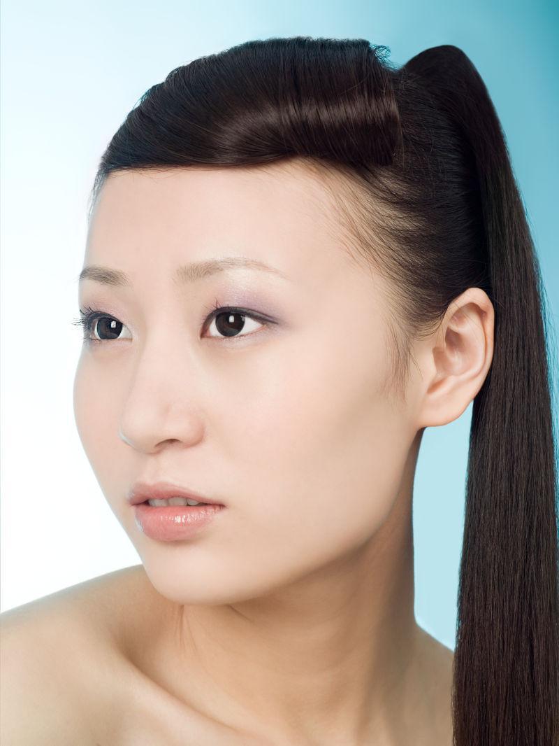 美丽的中国女人的肖像