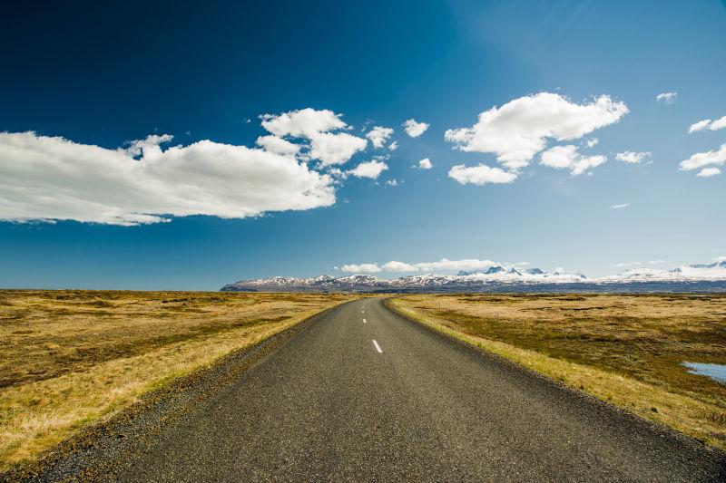 无止境的公路