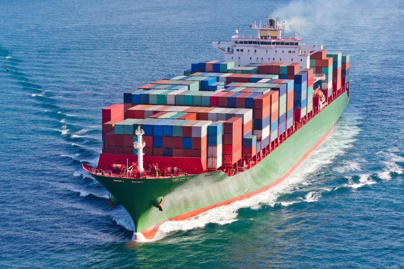 集装箱船图片_货船图片-港口的集装箱船素材-高清图片-摄影照片-寻图免费打包 ...