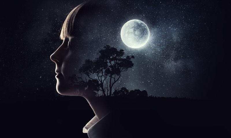 女孩的夜空梦境