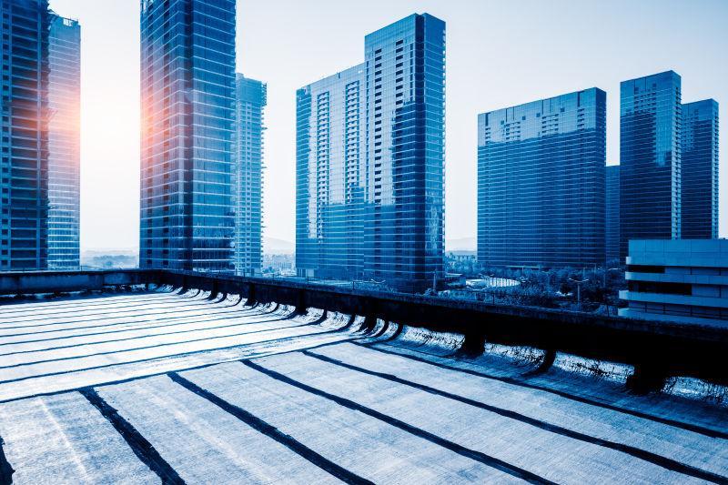 现代办公大楼反对阳光