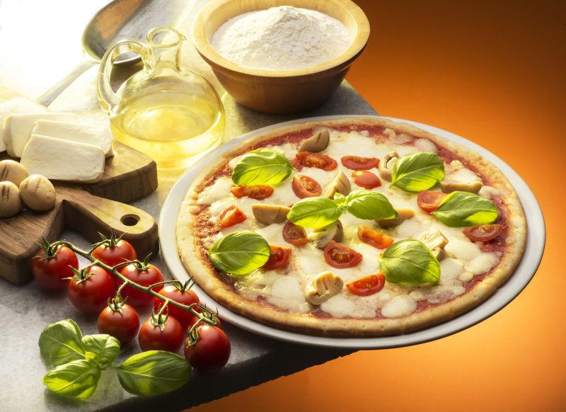 蘑菇番茄比萨饼