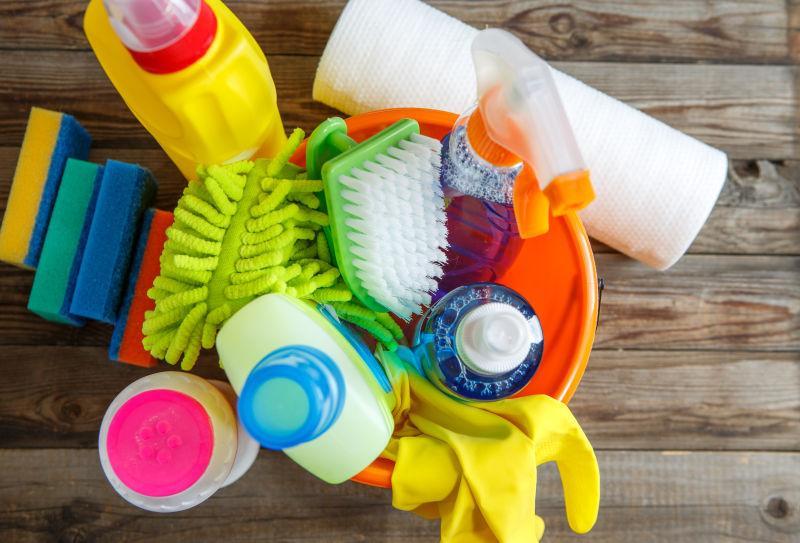 各种品种的清洁用品