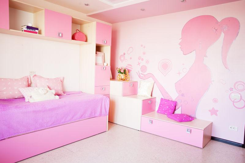 粉色系的儿童卧室