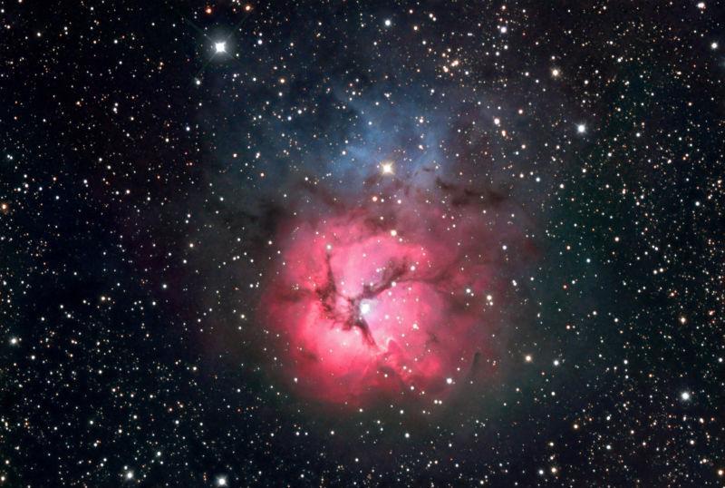 射手座中的M20星云