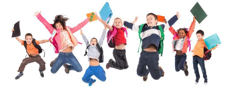白色背景上跳跃的学生们