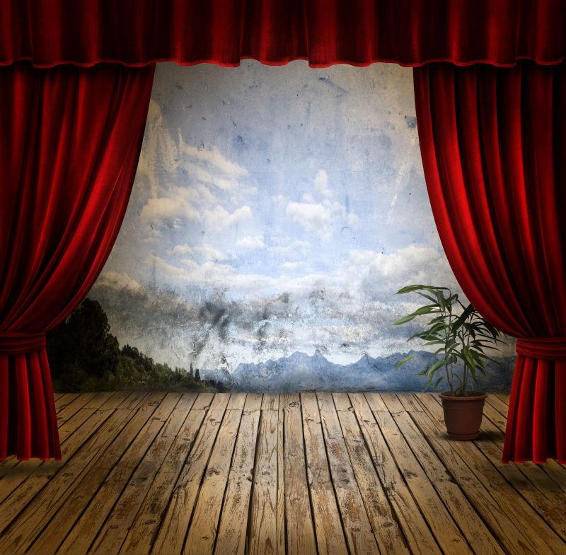 木舞台上的画布