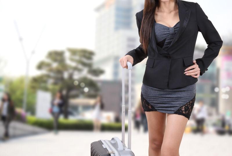 旅行者女人