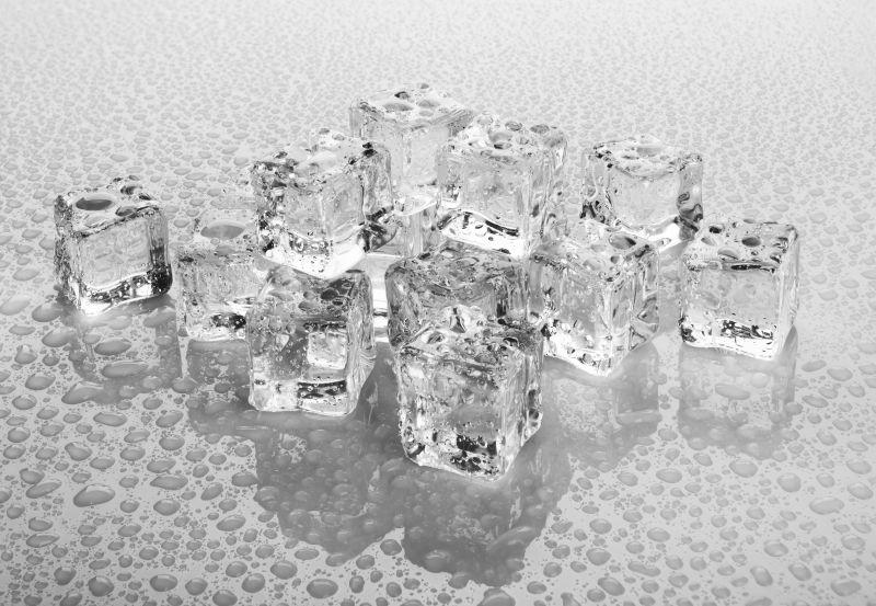 聚集的冰块