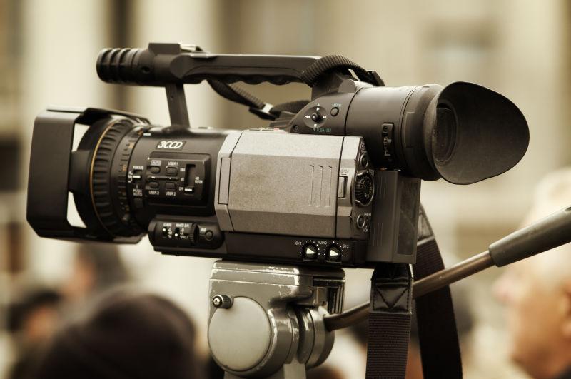 高级摄像机