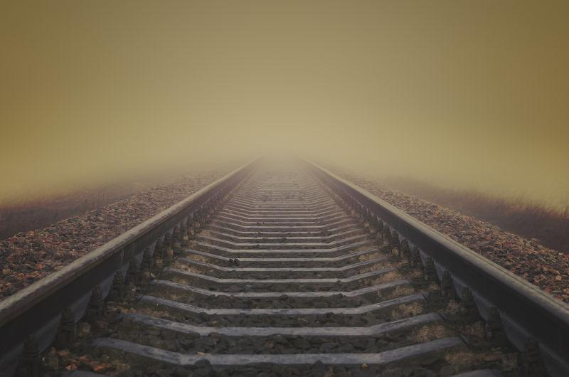 灰雾铁路到地平线