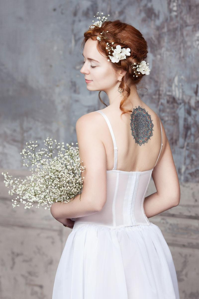 性感新娘的美丽背景