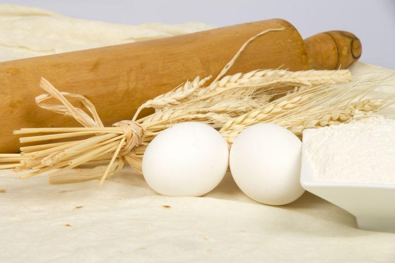 免费鸡蛋与小麦