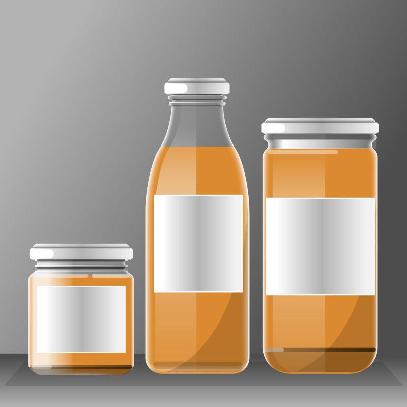 矢量透明的饮料瓶子设计