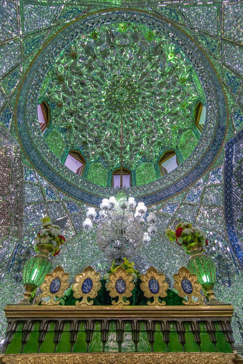 伊朗神殿内部镜像