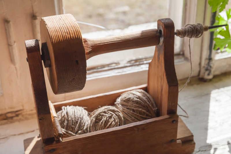 手纺纱用古代木制工具