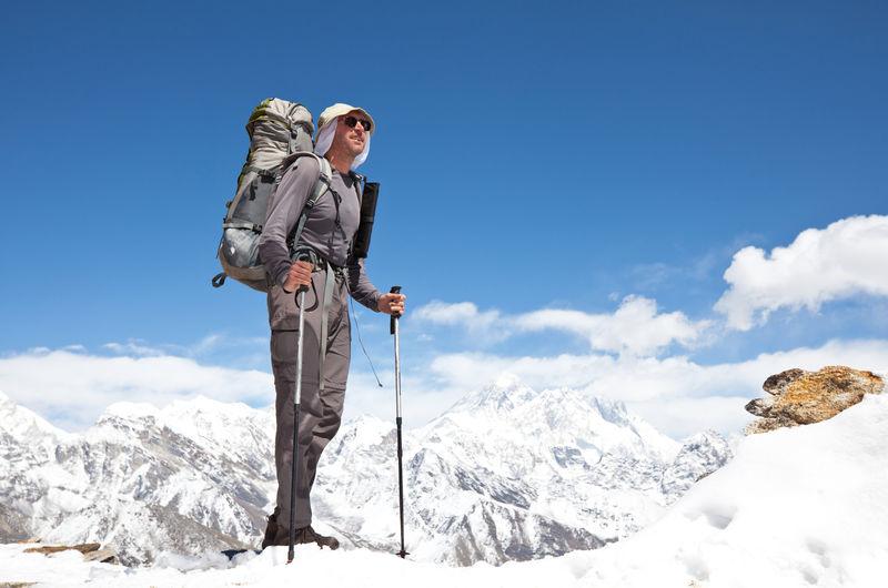 喜马拉雅山徒步旅行
