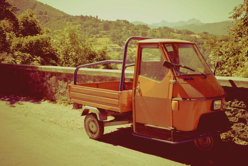 经典国际木床货车