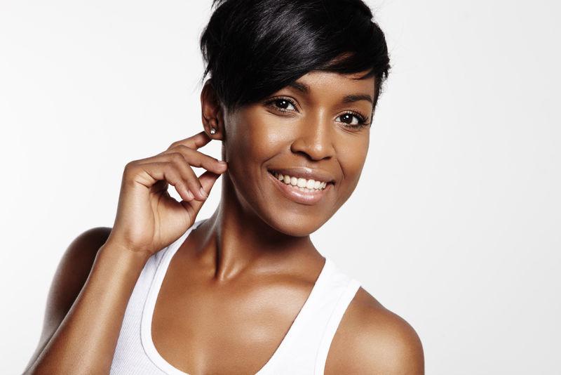 漂亮的黑人女人