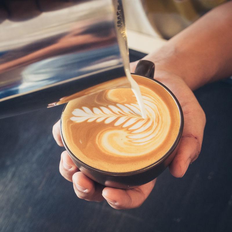 如何制作拿铁艺术咖啡