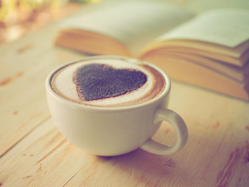 复古色调咖啡拿铁心