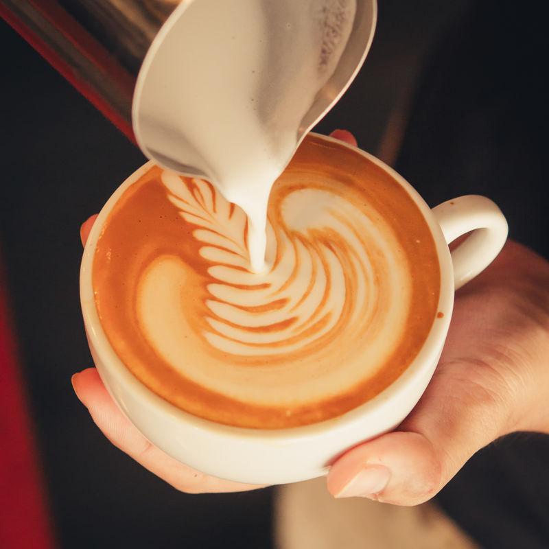 拿铁艺术咖啡