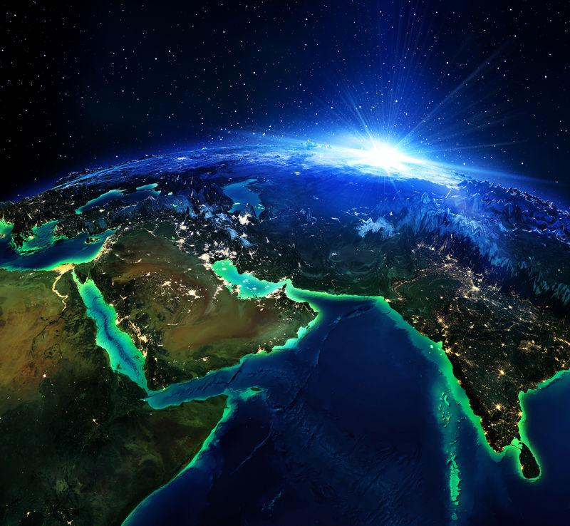 阿拉伯人和印度的陆地地区-夜间由美国国家航空航天局提供的这幅图像的元素地图