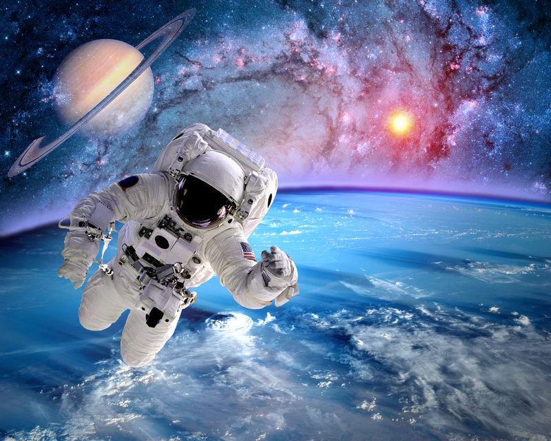 太空人外层空间行星土星地球太阳宇宙-这张图片的元素由美国宇航局提供