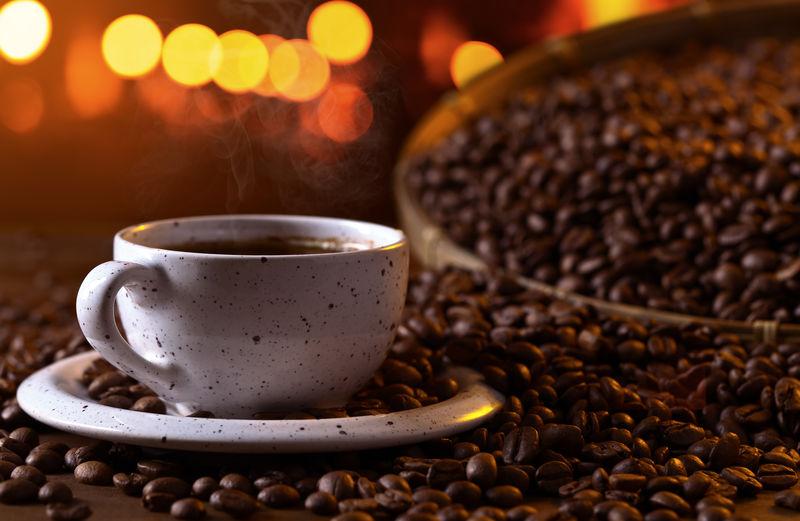 一杯黑咖啡