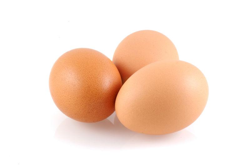 三个鸡蛋。