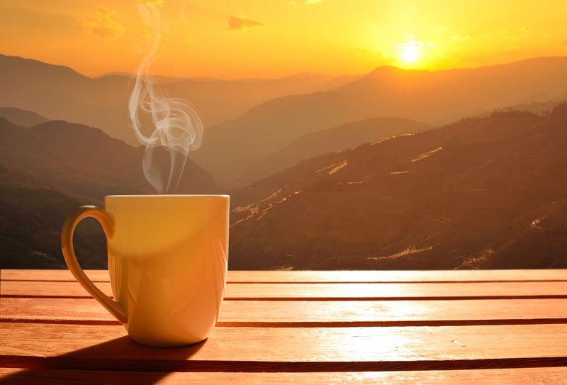 晨光咖啡,日出山景