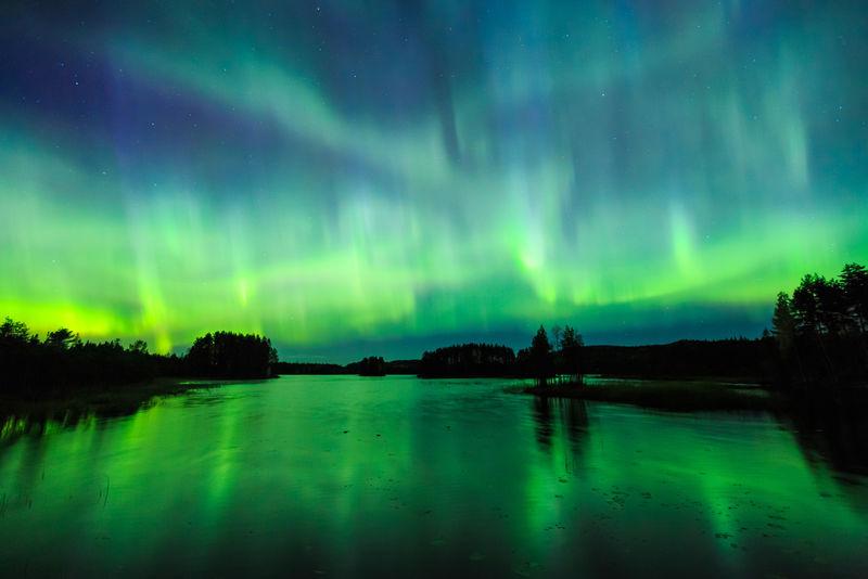 天空中的北极光
