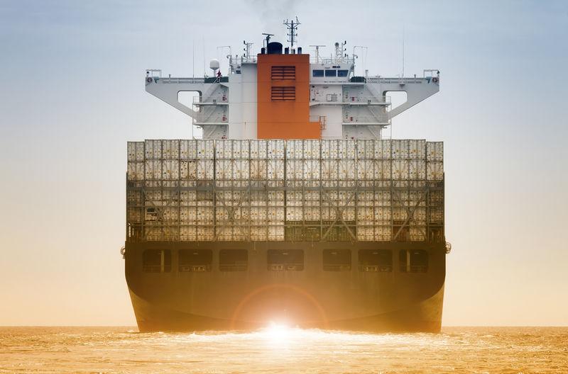 国际集装箱货船物流进出口运输业理念