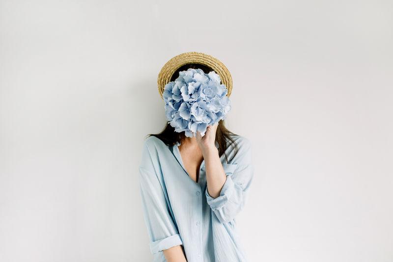 顶视图花卉美容时尚理念