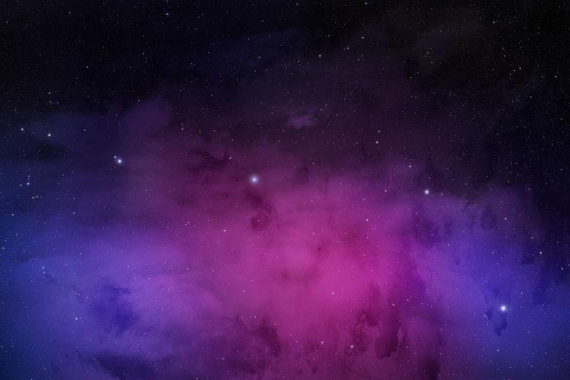 黑色的夜空繁星点点