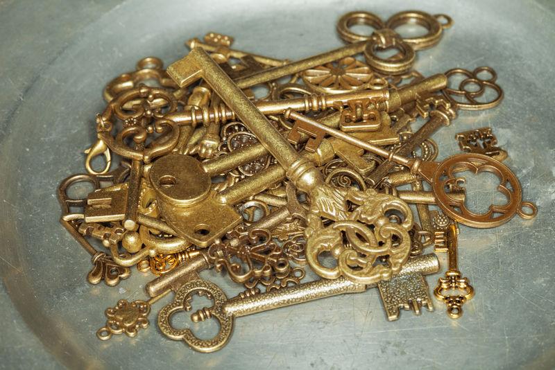 铁板金钥匙