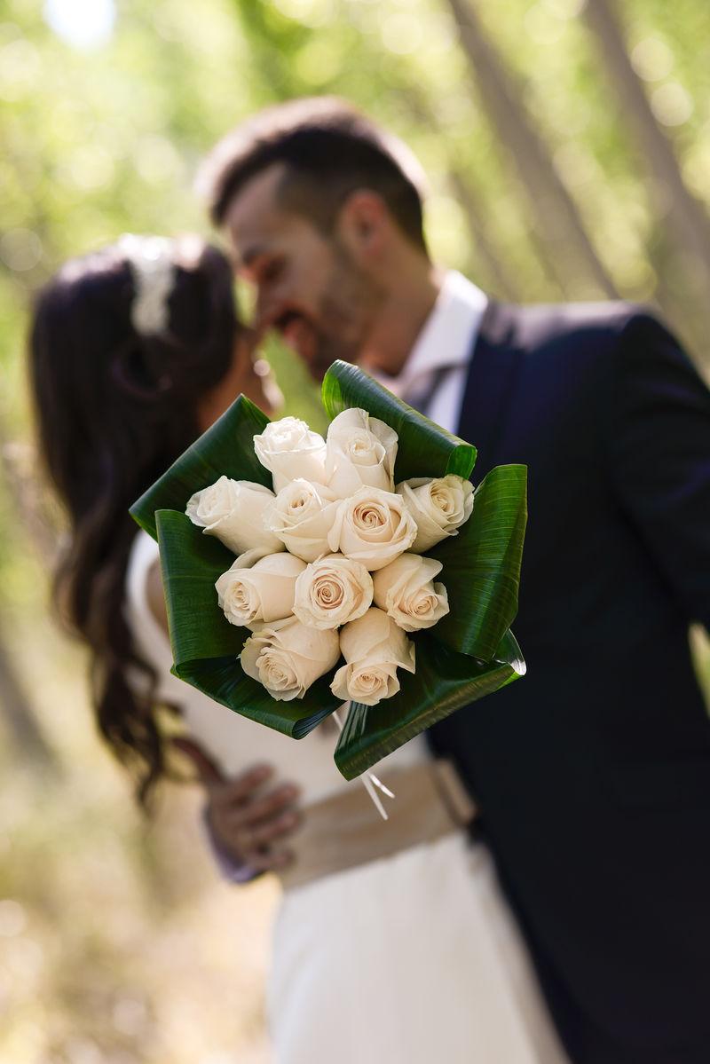 杨树刚结婚的夫妇