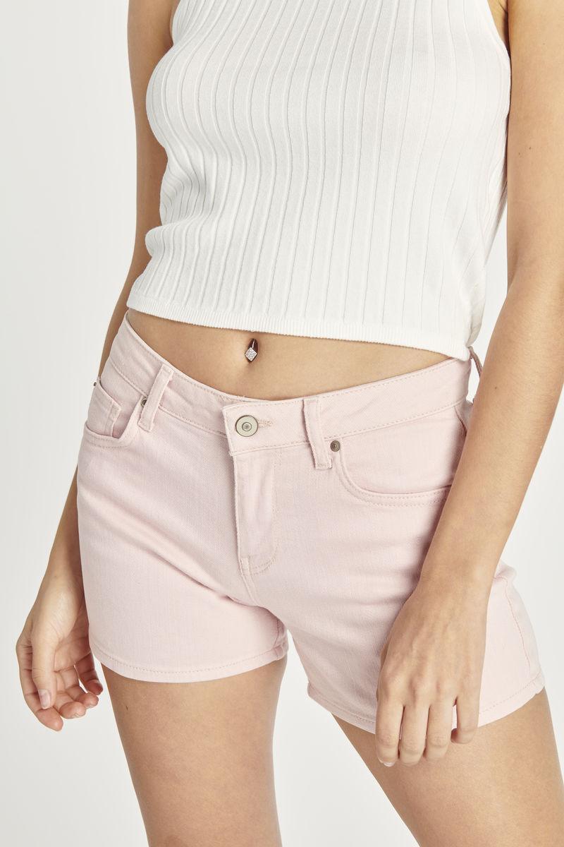 女式浅粉色短裤