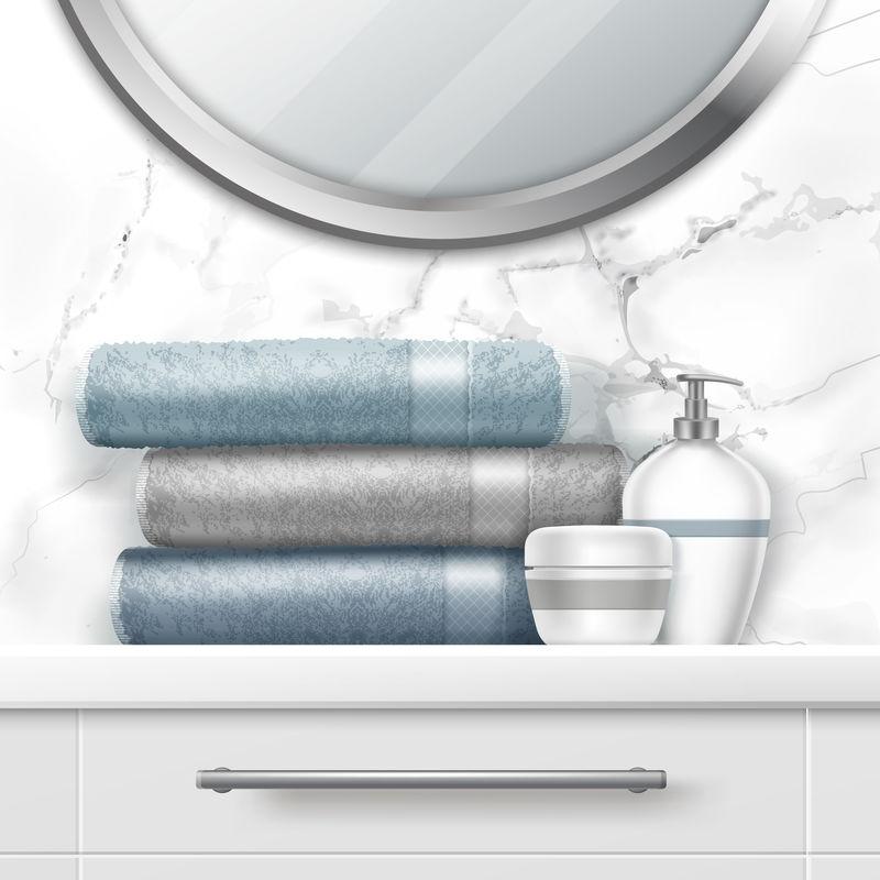 浴缸里的折叠毛巾